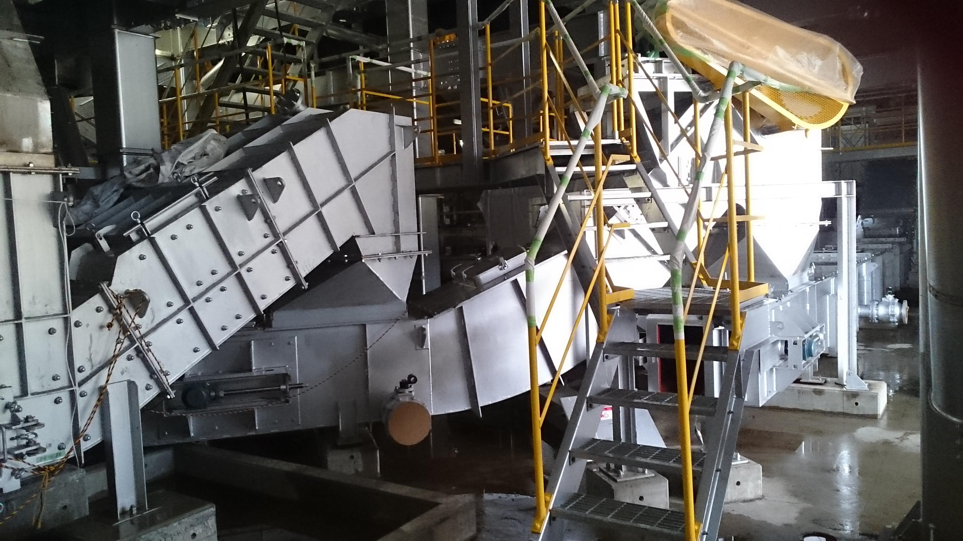 クリーンプラザよこて整備及び運営事業 機器据付及び配管工事